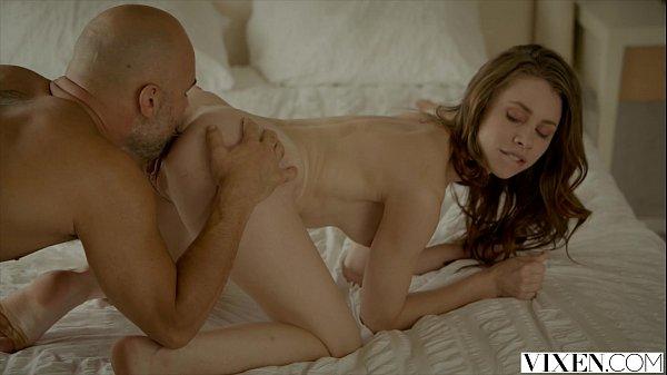 Chupando o cu da novinha em um video de sexo gratis
