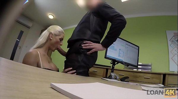 Xvideos.xom loira caiu na net pagando boquete para seu chefe