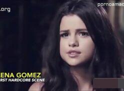 Selena Gomez ninfetinha novinha fazendo sexo com brancão da rola grande