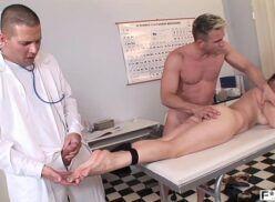 X videos porno sexo dentro da enfermaria
