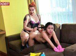 Porno c ruiva deliciosa comendo melhor amiga quando fica de quatro em cima do sofá