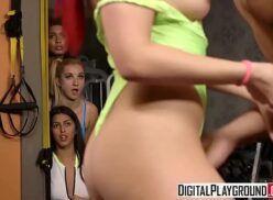 Vidio of xxx gostosa da academia fazendo sexo com professor na frente as outras alunas