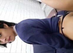 Video porno com novinha do Perú dando o cu