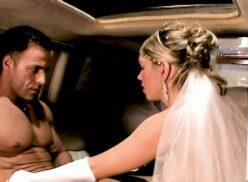 Xxx Brasil loira dando gostoso pro marido na lua de mel