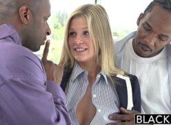 Redtub xvideos loirinha ninfetinha dando para dois negros
