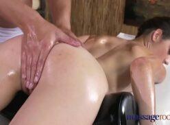 Casa de massagem xvideos fodendo a cliente gostosa